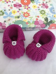 Chaussons citrouille bébé naissance à 3 mois fushia tricot : Mode Bébé par veronique-patch-crochet-tricot