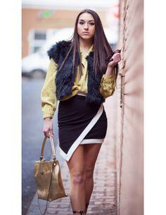 Fusta neagra asimetrica cu marginea alba Fashion, Moda, Fashion Styles, Fashion Illustrations