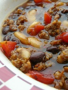 1 lb hot italian sausage 1 teaspoon italian seasoning 15 oz can butter beans 15 oz can black beans 15 oz can diced tomatoes 4 cups beef stock Chili Recipes, Crockpot Recipes, Soup Recipes, Great Recipes, Cooking Recipes, Favorite Recipes, Barbecue Recipes, Italian Sausage Soup, Italian Seasoning