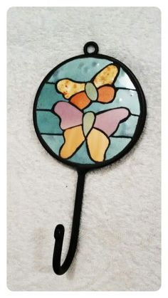 Perchero mariposa Mosaic Crafts, Mosaic Art, Craft Gifts, Stencils, Butterfly, Glass, Inspiration, Butterflies, The World