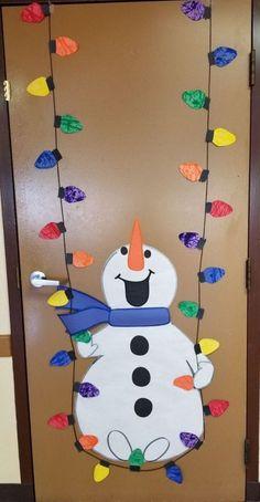 Preschool Christmas, Christmas Crafts For Kids, Christmas Activities, Kids Christmas, Holiday Crafts, Christmas Classroom Door Decorations, Preschool Door Decorations, Christmas Bulletin Boards, Fall Bulletin Boards