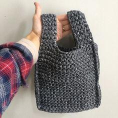 "@wogu716's photo: ""結構イメージ通りに出来た♡  #ハンドメイド #handmade #knitting #giiton #woolandthegang #watg #jerseybegood #何度も #編んでわ解き #これいいな"""