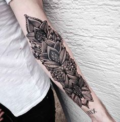 Flowers Tattoo Maori Style   #Tattoo, #Tattooed, #Tattoos