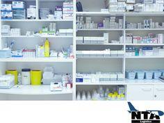 Vamos más allá de las expectativas de nuestros clientes. TRANSPORTE LOGÍSTICO DE MEDICAMENTOS. En NTA Logistics, somos una empresa con una red logística que se encarga de almacenar y transportar productos farmacéuticos a grandes cadenas de farmacias, así como al sector salud, entre otros. Además, contamos con una gran infraestructura que nos permite mantener la integridad de sus medicamentos e ir más allá de sus expectativas. #logisticafarmaceutica