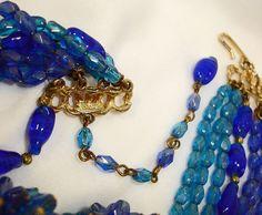 Hobé - Bijoux Vintage - Collier 'Multirangs' et Boucles d'Oreilles - Perles Fantaisie