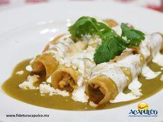#gastronomiademexico Prueba unas deliciosas enchiladas en el restaurante Coco Loco de Acapulco. GASTRONOMÍA DE MÉXICO. Uno de los mejores restaurantes de comida mexicana en el puerto de Acapulco es el Coco Loco, donde una de sus especialidades son las enchiladas, ya sean verdes o de mole, ambas son exquisitas y te recomendamos probarlas durante tu siguiente viaje. Te invitamos a visitar la página oficial de Fidetur Acapulco, para obtener más información.
