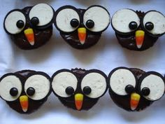 So Cute: Oreo Owls!  I've done something very similar... But they were a lot more work!!