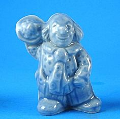 combined ship Circus Series Blue Clown w// pie Red Rose Tea Wade Figurines