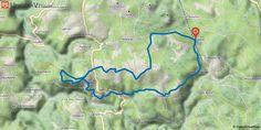 [Haute-Loire] Boucle d'Antoune Boucle permettant d'explorer, au départ de Vachères (magnifique château) la haute vallée de la Loire, le plateau basaltique d'Antoune et la zone volcanique des Monts Breysse (passage au pied du grand suc et avant Vachère, traversée d'une narce, zone absolument plate, ancien cratère d'explosion puis lac).