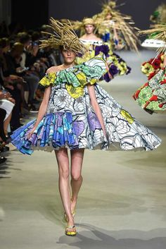 Viktor and Rolf - Haute Couture - Spring 2015 Fashion Week, New York Fashion, Fashion Show, Fashion Design, Paris Fashion, Couture 2015, Spring Couture, Style Couture, Couture Fashion