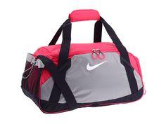 Nike Varsity Girl Medium Duffel Sport Fuchsia/Fusion Pink/(Anthractie) Puppy Backpack, Backpack Bags, Duffel Bags, Fashion Handbags, Fashion Bags, Cute Gym Bag, Nike Duffle Bag, Nike Gear, Nike Runners