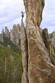 Rock climbing in Custer State Park. Custer State Park is a state park and wildlife reserve in the Black Hills of southwestern South Dakota, USA. The park is South Dakota's largest and first state park, named after Lt. Custer State Park, Trekking, State Parks, Escalade, Mountain Climbers, Ice Climbing, Lead Climbing, Kayak, Adventure Is Out There