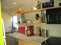 concrete for inexpensive countertop solutionsCost-Cutting Kitchen Remodeling Ideas : Page 03 : Rooms : Home & Garden Television