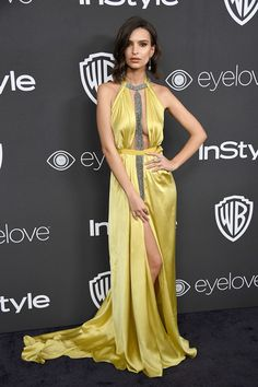 Actress Emily Ratajkowski attends the 18th Annual Post-Golden Globes Party hosted by Warner Bros. Pictures and InStyle at The Beverly Hilton Hotel on January 8, 2017 in Beverly Hills, California.