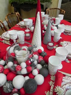 My Christmas table! - the adventures of tartanscot™