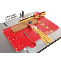 INCRA's Miter Express offers the safest and most accurate crosscutting and mitering platform available. Table Saw Crosscut Sled, Wood Dust, Woodworking Jigs, Gauges, House, Platform, Projects, Log Projects, Blue Prints