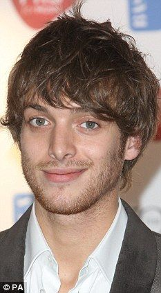 Paolo Nutini - welcome to my imagination #leadingmen Top Singer, Paolo Nutini, Sing To Me, Falling In Love With Him, Hair Photo, Gorgeous Men, He's Beautiful, Attractive Men, Pop Music