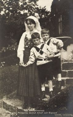 Crown Princess Margaret of Sweden with two of her sons, Prince Gustaf Adolf and Prince Sigvard of Sweden. Margaret was the daughter of Prince Arthur, Duke of Connaught and Strathearn. who was himself the favorite son of Queen Victoria