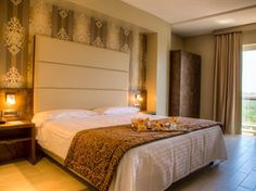 Rome Hotels, Best Hotels, Uk Deals, Hotel Deals, Holiday Flights, Have A Good Sleep, Best Shopping Sites, Hotel Packages, Flight And Hotel