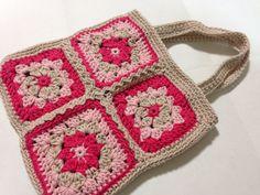 モチーフをつないでミニバッグを編みました
