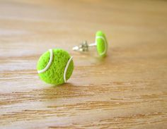 Sporty Girl Earrings - polymer clay tennis balls by JoyfulCreationsArt on Etsy. Cute Polymer Clay, Cute Clay, Fimo Clay, Polymer Clay Projects, Polymer Clay Charms, Polymer Clay Creations, Polymer Clay Earrings, Clay Crafts, Crea Fimo
