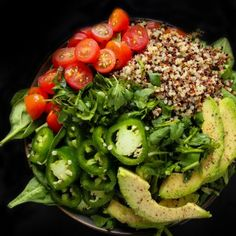 Quinoa Avocado Spinach Power Bowls - Layers of Happiness Healthy Recipe Videos, Healthy Salad Recipes, Meal Recipes, Fruit Recipes, Best Vegetable Curry, Oven Roasted Sweet Potatoes, Roasted Garlic, Hasselback Potatoes, Cilantro Lime Quinoa