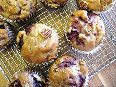 Vegan raspberry pecan muffins via @Trish Cowper
