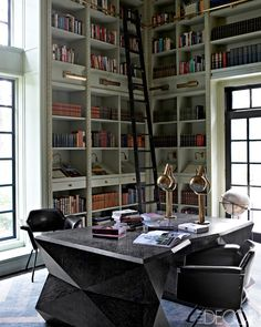 Display shelves [kelly wearstler interior home office library design] Kelly Wearstler, Home Office, Office Table, Office Chairs, Lounge Chairs, Library Shelves, Library Ladder, Display Shelves, Cozy Library