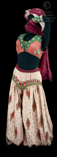 Costume by Leon Bakst for Scheherazade, 1910 Theatre Costumes, Ballet Costumes, Dance Costumes, Wedding Guest Looks, Russian Ballet, Ballet Tutu, Tribal Fashion, Textiles, Dance Outfits
