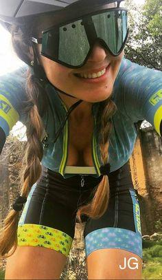 Girl on bicycle Women's Cycling, Cycling Girls, Cycling Wear, Cycling Outfit, Road Bike Women, Bicycle Women, Bicycle Girl, Cycle Chic, Sport Style