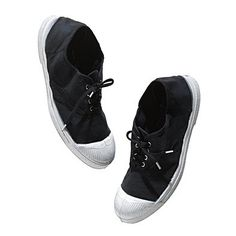 Classic Bensimon sneaks. I think is black. If not, I'll get the white instead.