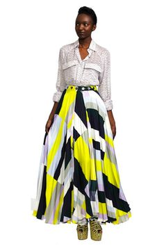 Balance Out The Volume With...More Volume!—Who says you have to wear something tight on top if you've got a lotta skirt to work with? We love how a loose-fit blouse looks with a full skirt.  Suno Pleated Maxi Skirt, $805