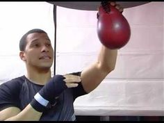 The speed bag is a very important element of boxing, and Adolfo diaz is here to show you how to do it and get better doing it. try to relax and listen to the. Martial Arts Training, Boxing Training, Boxing Workout, Whole Body Workouts, Fun Workouts, Boxing Information, Boxing Techniques, Boxing Drills, New Things To Try