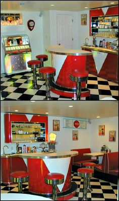 Retro Diner Kitchen or Bar! Pretty cool - Home Decor 1950 Diner, Vintage Diner, Retro Diner, Vintage Kitchen, Vintage Style, 50s Diner Kitchen, American Diner Kitchen, Retro Kitchens, Diner Decor
