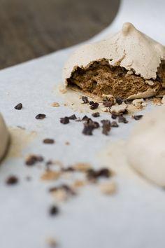 2012/08/11Chocolate Cocoa Nib Meringues