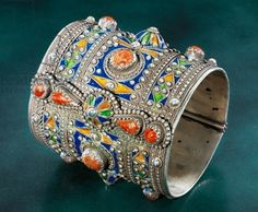 Algeria | Silver Amesluh bracelet, cloisonne enamel and coral | ca. early 19th century