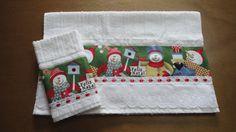 Kit toalha de rosto e toalha de lavabo aveludada Karsten, com aplicação em tecido 100% algodão estampa Natal., bordado inglês/ passa-fitas e fita de cetim. <br>Enviamos na caixinha para presente. <br>Peças a pronta entrega. <br>Frete não incluso.