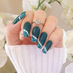 Imagen de nails and green