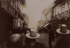 Las inéditas y extraordinarias fotos francesas que revelan la Colombia del siglo XIX - BBC News Mundo Bbc News, Cali, Street View, Ideas, World, Sea Level, Bogota Colombia, 19th Century, Latin America