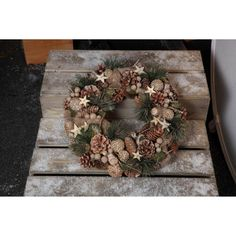 Noma Stars And Pine Cone' Christmas Wreath From Debenhams | eBay