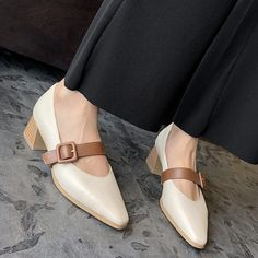 Women Casual Shoes High Hells Comfortable Shoes For Men Latest High Heels Comfortable Shoes For Men Latest High Heels Flat Shoes Outfit, Black Flats Shoes, Shoes Heels Pumps, New Shoes, Me Too Shoes, Casual Shoes, High Heels, Sandals, Comfortable Mens Shoes