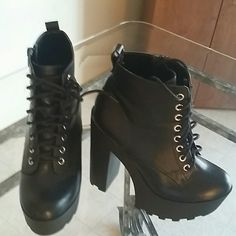 Black booties Like new black booties Soda Shoes Ankle Boots & Booties