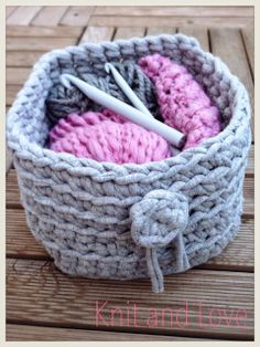 Knit and Love : CAJA DE TRAPILLO CUADRADA SIN COSTURAS