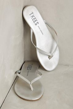 Silver sandals. Yes, please!