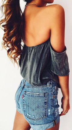 ootd top + denim shorts