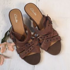 cb8631ea6e Clarks Shoes | Clarks Sandals. Size 8.5. New! Nwot | Color: Brown/Tan |  Size: 8.5