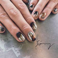 Pin by Sky Holmes on multi styles in 2020 Nail Design Stiletto, Nail Design Glitter, Flamingo Nails, Goth Nails, Nail Photos, Minimalist Nails, Flower Nail Art, Perfect Nails, Nail Trends