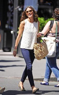Outfit Inspiration: Olivia Palermo Tengo una camiseta y unas bailarinas clavaditas <3