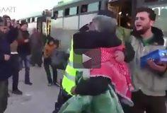 ▫️ فيديو مؤثر لسائق سوري في حملة الإغاثة يلتقي شقيقه بعد أن فرقتهما الحرب ▫️ #حملة_إغاثة ▫️ #سوريا ▫️ #مقطع_فيديو ▫️
