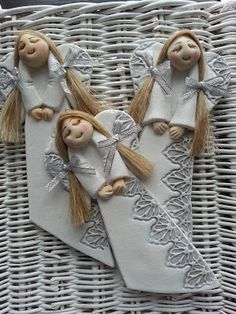 Salt Dough Christmas Ornaments, Clay Christmas Decorations, Christmas Crafts, Polymer Clay Dolls, Polymer Clay Crafts, Handmade Crafts, Diy And Crafts, Diy Xmas, Clay Angel